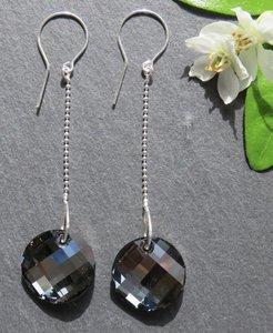 Oorbellen zwart kristal