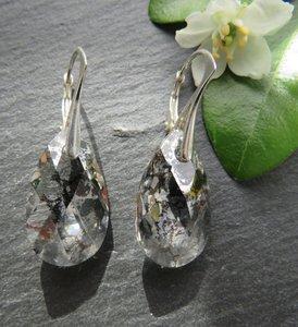 Oorbellen wit-zwart kristal