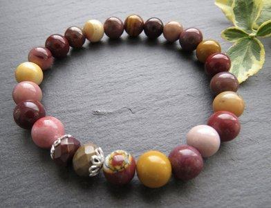 Kleurrijke mookaïet armband